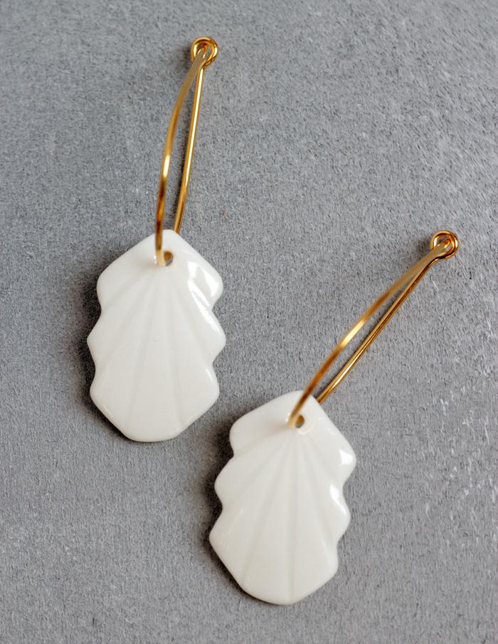 weiße Porzellan Ohrringe handgemacht in Berlin